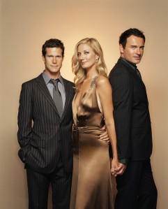 Julia-Christian-Sean-nip-tuck-879978_1166_1450