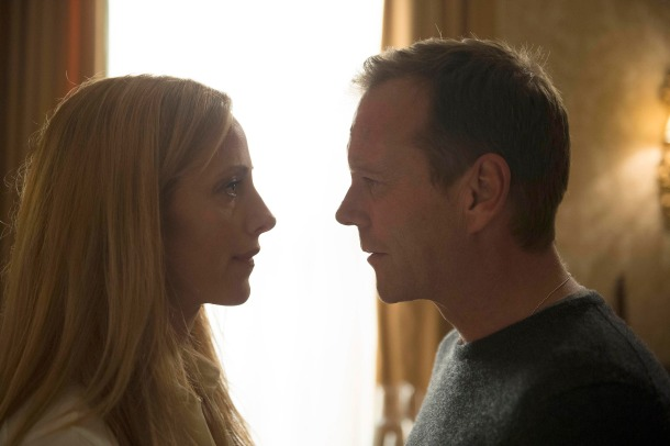Kim-Raver-Kiefer-Sutherland-Audrey-Jack-Reunion-Meeting-24-Live-Another-Day-Episode-5