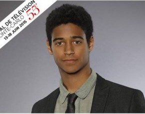 Rencontre avec Alfred Enoch, Alias Wes Gibbins dans How to Get Away with Murder