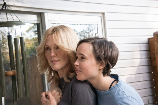 Julianne Moore et Ellen Page dans Free Love