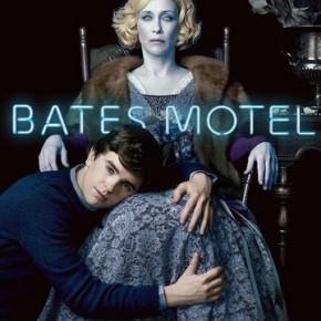 Bates Motel : Comment les showrunners jouent avec les nerfs des fans d'Alfred Hitchcock?